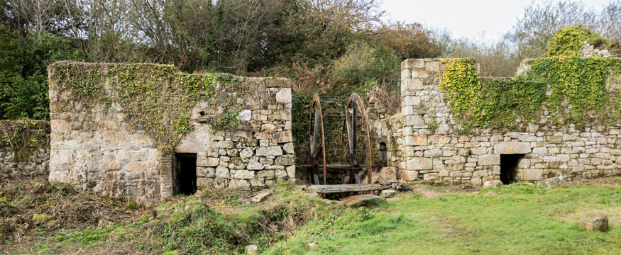 Wheal Arthur works, one of five china stone mills in the Tregargus Valley
